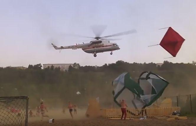 Вертолет разрушил палатки фестивала в Нижнем Новгороде