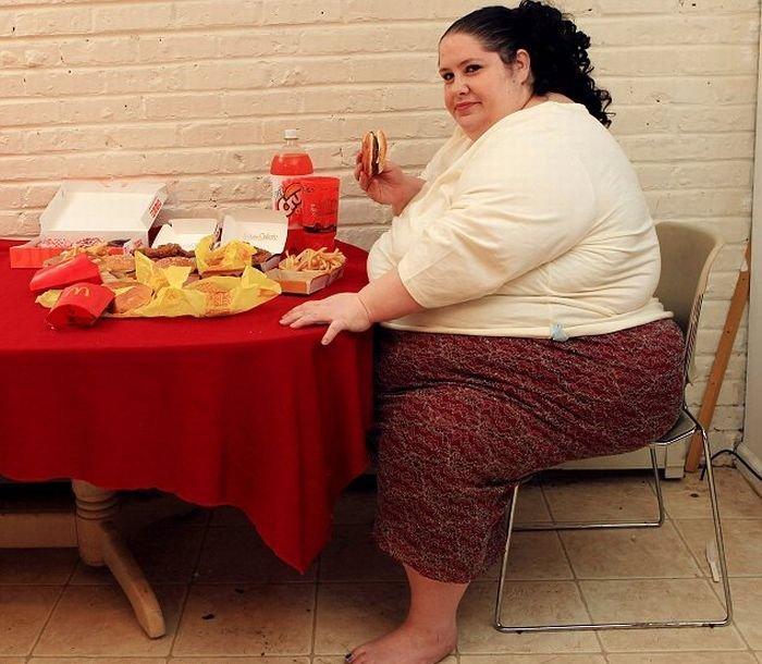 Картинки по запросу смешные картинки про толстых